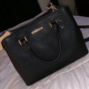 Michael kors cross body or handbag!
